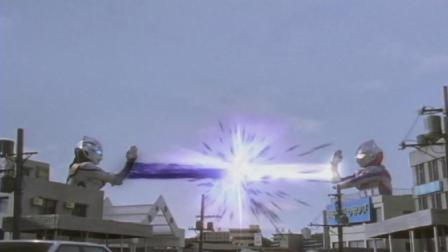 日本小伙变成了奥特曼妄图征服世界, 结果没电了, 完蛋了!
