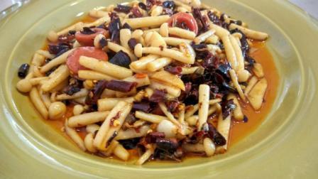 比肉好吃的素菜菜谱, 家常菜干煸白玉菇, 香酥可口超下饭