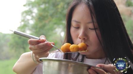 小伙相亲遇上吃货美女, 没想一道红薯丸子, 就让美女吃上瘾