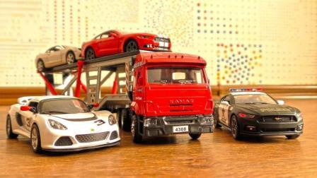 双层卡车玩具装载小汽车前往新的目的地