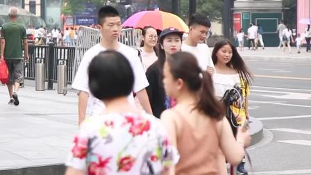 杭州美女街拍,第二位小姐姐颜值真的好高啊!