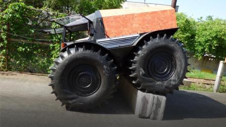 无视地形的车! 轮子都是软的, 网友: 战斗民族的车!