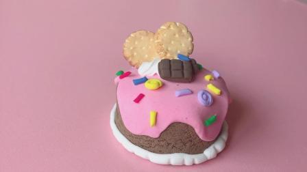 做个饼干也是爱你的形状——巧克力熔岩樱桃果酱心形饼干蛋糕