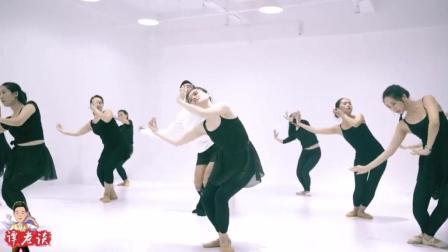 舞蹈《乱红》 , 丝丝入耳的音乐沁人心脾, 舞者的舞姿让人陶醉