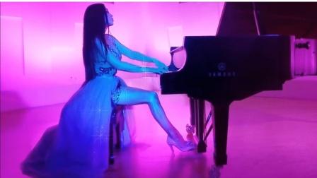 【全程跪着舔屏】钢琴 贝多芬 致爱丽丝 Für Elise丨Lola Astanova