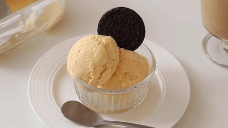 手工自制香草冰淇淋, 口感细腻丝滑, 在家也能做的夏季甜品
