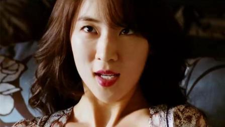 几分钟看完韩国惊悚电影《医生》, 整容医生目睹20岁娇妻不忠, 竟撒火客户与丈母娘
