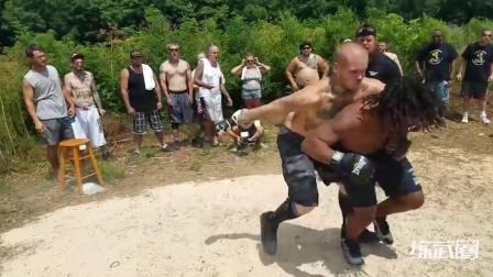 国外街头MMA比赛, 黑人小哥的素质太好了!