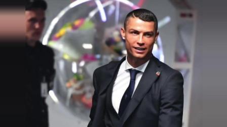 总裁C罗的夏天2018: 从世界杯到都灵(全程影像记录: C罗世界杯, 中国行以及尤文图斯备战)