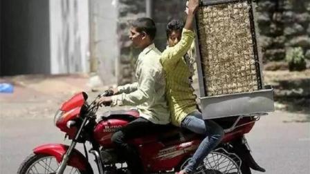 印度夏天热死人, 用稻草加水做空调, 网友: 有恒河味儿吗?