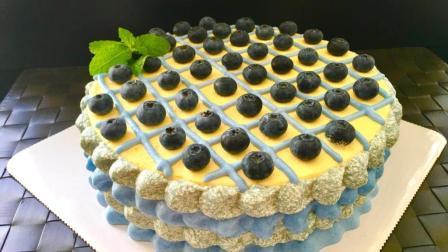 这种很简单的裱花方式也可以让生日蛋糕高大上