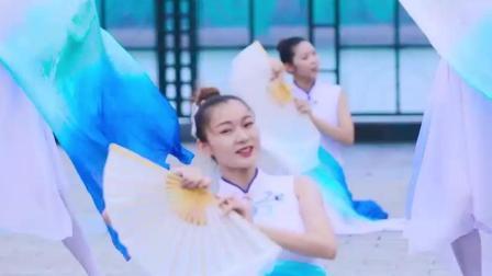 中国舞《昨夜小楼又东风》, 周末班成果展示, 歌好听舞好看