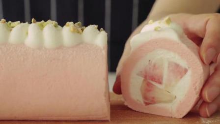 做了一款桃子蛋糕卷, 粉粉嫩嫩的真好看