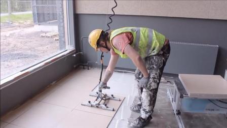 """国外大叔发明""""铺瓷砖""""神器, 一小时铺60平方米, 800元造一台"""