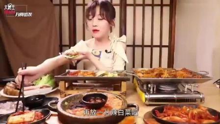 大胃王mini狂吃鲜活八爪鱼, 好吃到哭的正宗韩式料理!