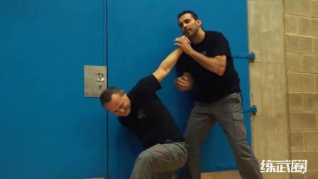 国外高手展示真正的街头格斗术, 下手实在太凶狠了!