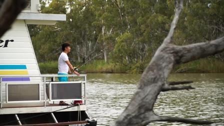 飞澳两万里第一季 第四十八集  移动的风景