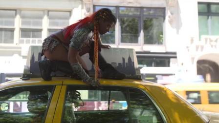 WWE超级明星接管了纽约市的街道 还有这种操作
