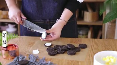 不用烤箱也能做出来的抹茶双色慕斯, 口感真的是绝了!