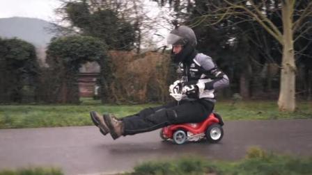 把儿童玩具车改装赛车, 3秒时速飙到70公里, 结果超出了我的想象
