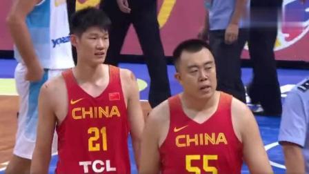 男篮热身赛: 双方突发大规模冲突, 任骏飞韩德君与对方球员冲突