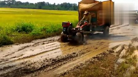 这个国家的人民钟爱手扶拖拉机, 就像印度人喜欢拖拉机一样