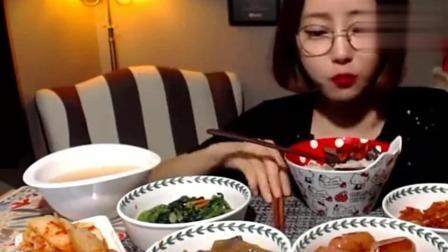 韩国大胃王: 美女真是个吃货, 吃韩国家常小菜