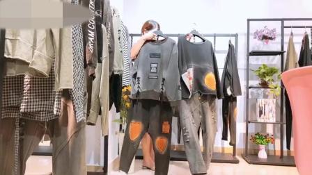 18年潮牌姑苏经典牛仔系列新款 时尚韩版年轻品牌折扣女装陈列挂板展示技巧搭配