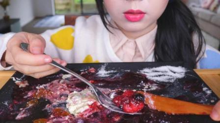 小姐姐 吃千层蛋糕 草莓等 吃播 咀嚼音