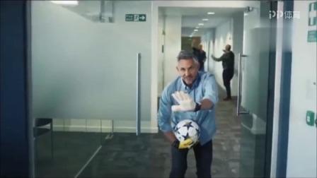 爆笑!BBC超神经质宣传片 英格兰三大神锋成办公