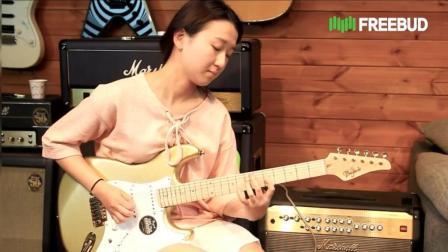 韩国美女电吉他 funky表演, 这水平相当不错哦, 你服不服?