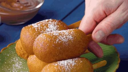 分分钟get炸香蕉的小技巧~裹上面包糠和鸡蛋液的炸香蕉外酥内甜