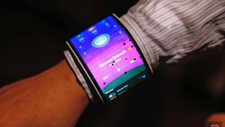 联想研发可折叠屏幕, 像纸一样折叠弯曲, 曲屏时代要来临?