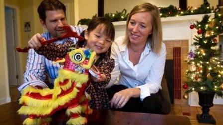 为什么美国人喜欢收养中国孤儿, 尤其是女孩?