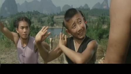 少林小子画牛添足被揍后, 李连杰指导少林小子练武搞笑片段