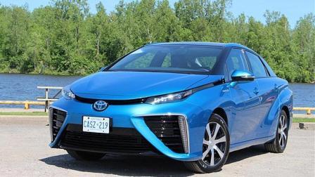 丰田研发出氢能源车, 排放的是水? 续航问题解决电动车尴尬了!