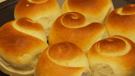 蜂蜜脆底小面包的做法, 小伙教您这样做, 底部焦脆, 内部柔软蓬松组织丰富