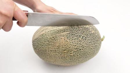 家里来客人了, 切哈密瓜只需学会这一招, 人人都夸好, 倍有面子!