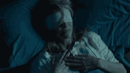 一部恐怖至极的电影, 隐形人踏入盲人中心, 简直可以为所欲为