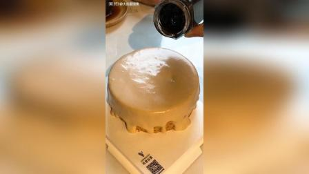 大连也能吃到这款网红蛋糕了! 黑糖珍珠爆浆蛋糕
