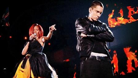 格莱美4大史诗级现场, 蕾哈娜和姆爷组合炸翻全场, 让人热血沸腾!