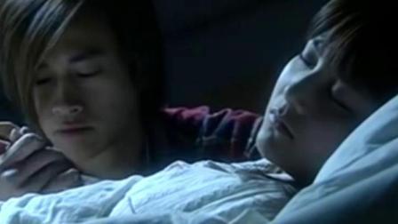 一米阳光:小五在阿厦丽的病床前 ,询问阿厦丽怎么才会好起来!