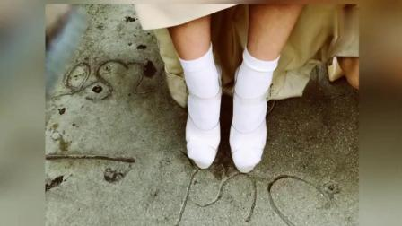 李冰冰美国出席活动怕脚凉女神美裙下竟然穿这个!
