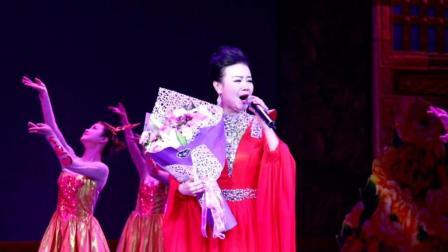 青年歌手杨萍