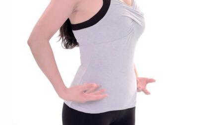 1个动作滋养脊柱, 让胸部更饱满, 预防下垂做坚挺女人