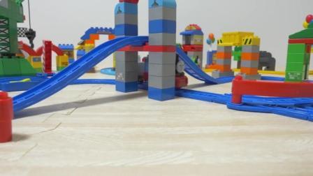 托马斯小火车 玩具分享英语 15 thomas friends mega bloks toy electric thomas p