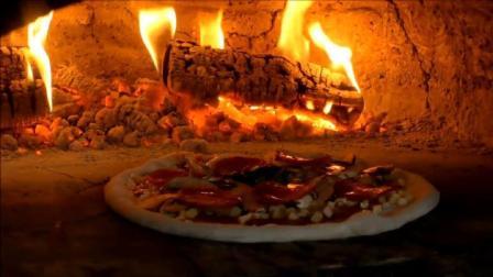 史诗意大利香肠和马苏里拉奶酪披萨-伦敦街头食品