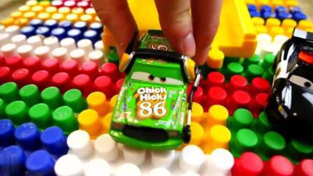 汽车玩具动画 五颜六色的小汽车 好好玩 玩具 游戏