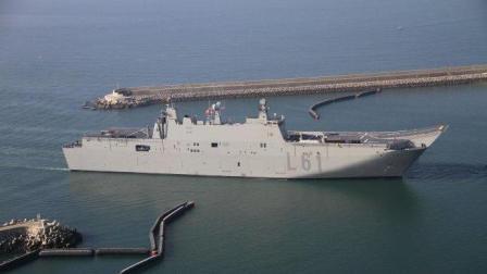 不伦不类的西班牙海军战舰, 胡安·卡洛斯一世号战略投送舰