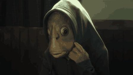 穷小伙因为实验变成鱼人, 女友卖掉他赚钱, 结尾反转被暖哭了